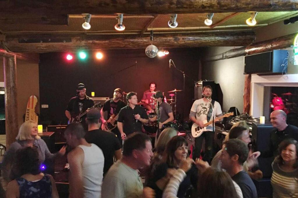 Lopez Islander - Best local bar